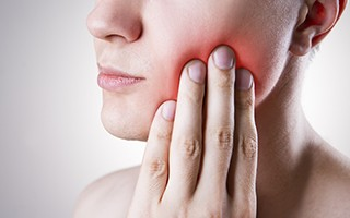 http://www.mardenta.com/wp-content/uploads/2015/11/toothache-dentist-marbella-320x200.jpg