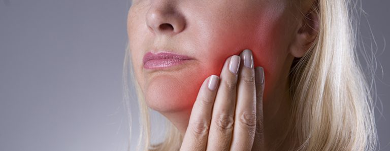 How to identify a dental abscess and what to do